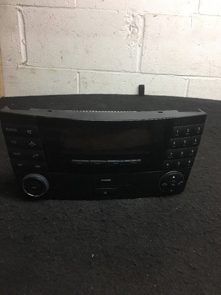 Mercedes E-class E350 E300 E320  Radio Part# A2118200879 OEM Original