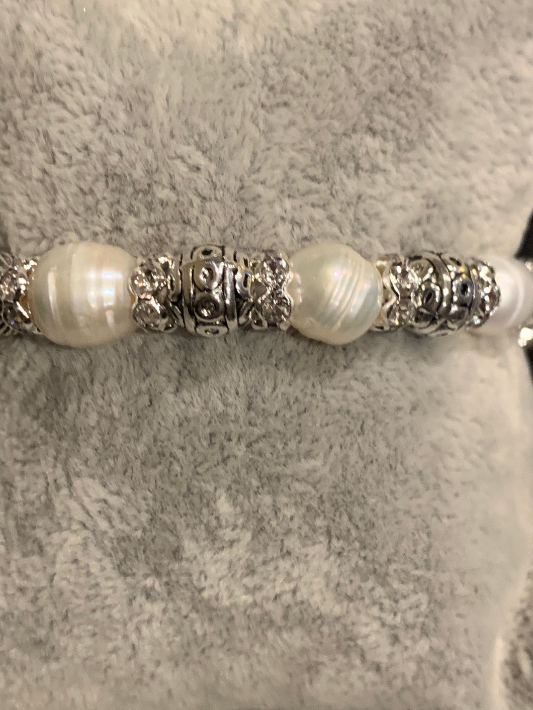 Fresh water Pearl and link bracelet