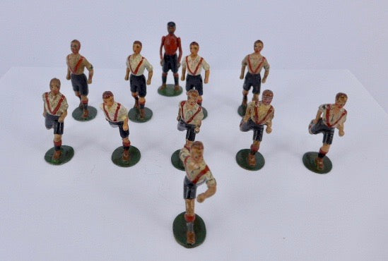 Britains Footballers Clapton Orient team, very rare