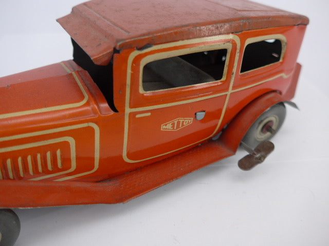 Mettoy Tinplate Clockwork 2 Door Car