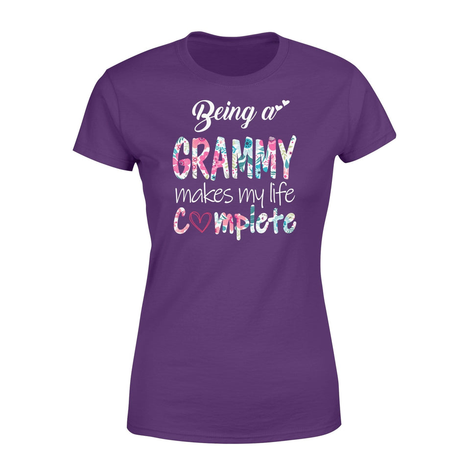 being a grammy makes my life complete - Standard Women's T-shirt - Family Presents