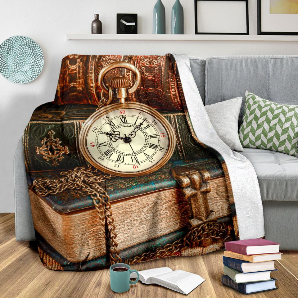 Book Lovers Blanket - Book Clock Vintage Fleece Blanket - Family Presents