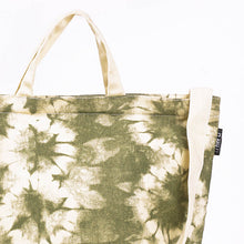Load image into Gallery viewer, Flower Tie Dye Sling Tote Bag