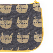 Load image into Gallery viewer, Pusa Pattern Coin Purse