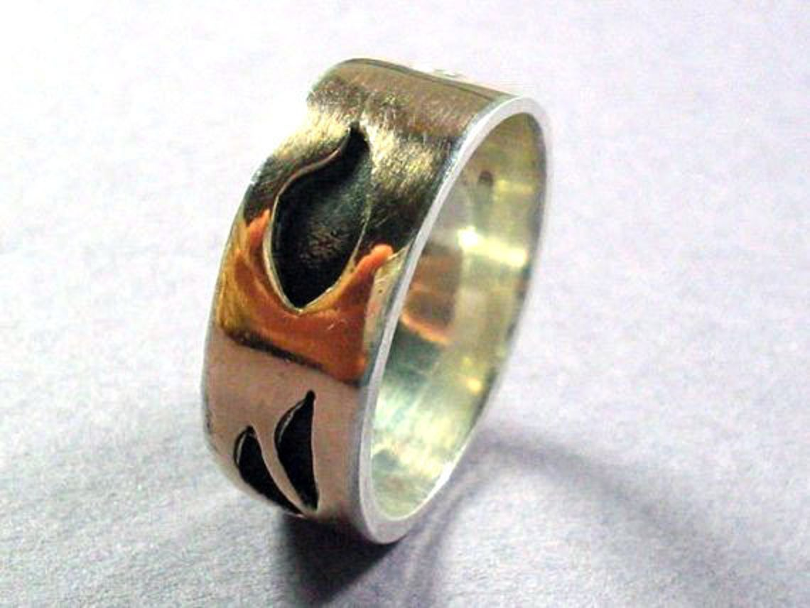 Unique Black and Gold Band Ring