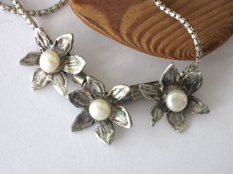 Bridal Silver Flower Pearl Necklace.