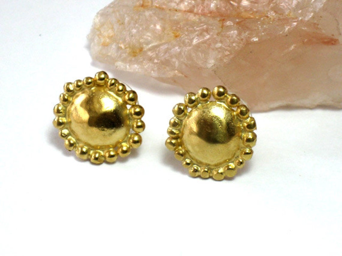 Round Yellow Gold Studs