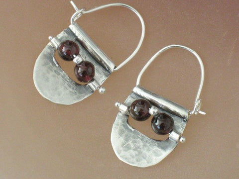 Small Garnet and Silver Hoop Earrings.