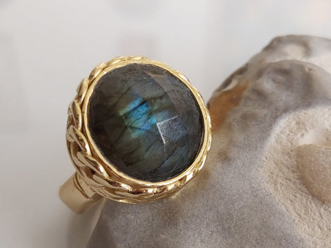 Beautiful Large Labradorite Stone Ring