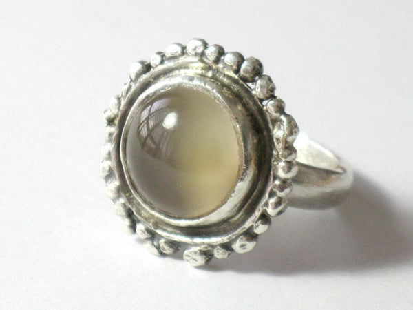 Sterling Silver round Moonstone Ring