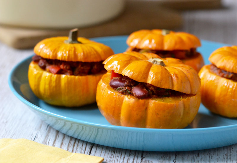 Cacao Veggie Chilli Stuffed Pumpkins