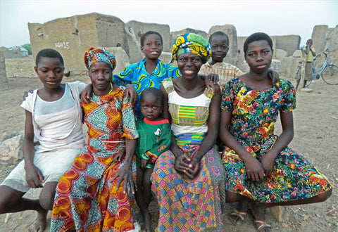 Baobab Producer Weniamo with her family