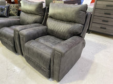 Load image into Gallery viewer, Wesley Gray NEW Rocker Recliner 39x39x40 (9269)