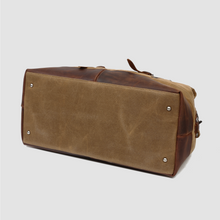 Load image into Gallery viewer, Duffle bag leather