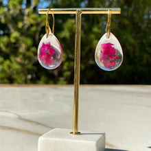 Load image into Gallery viewer, Rose Earrings
