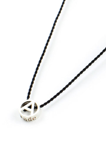 Tiny A Necklace (black)