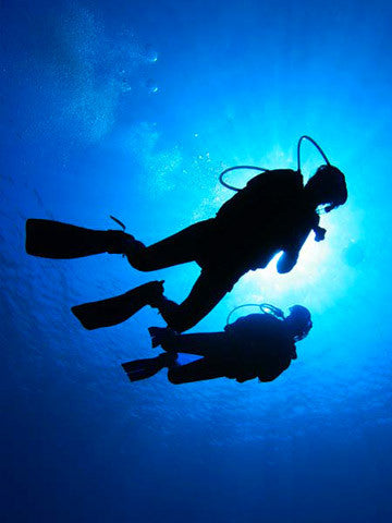 Whatever it is to scuba dive with confidence at depths down to 40 metres/130 feet, you should take the PADI Deep Diver Specialty course with Adrenalised Diving in Cape Town.