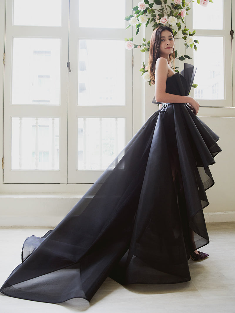 He Ying Ying in black evening gown