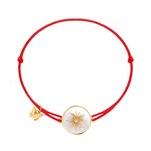 Load image into Gallery viewer, Memoire Sun Medallion MoP Bracelet - Yellow Gold Plated