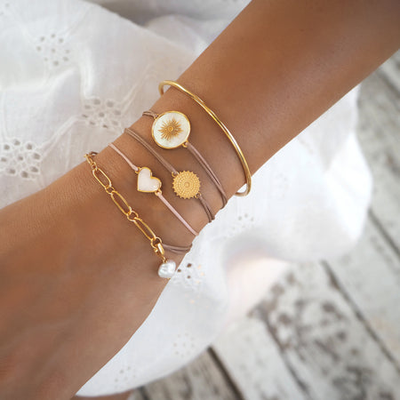 Memoire Small Heart MoP Bracelet - Yellow Gold Plated