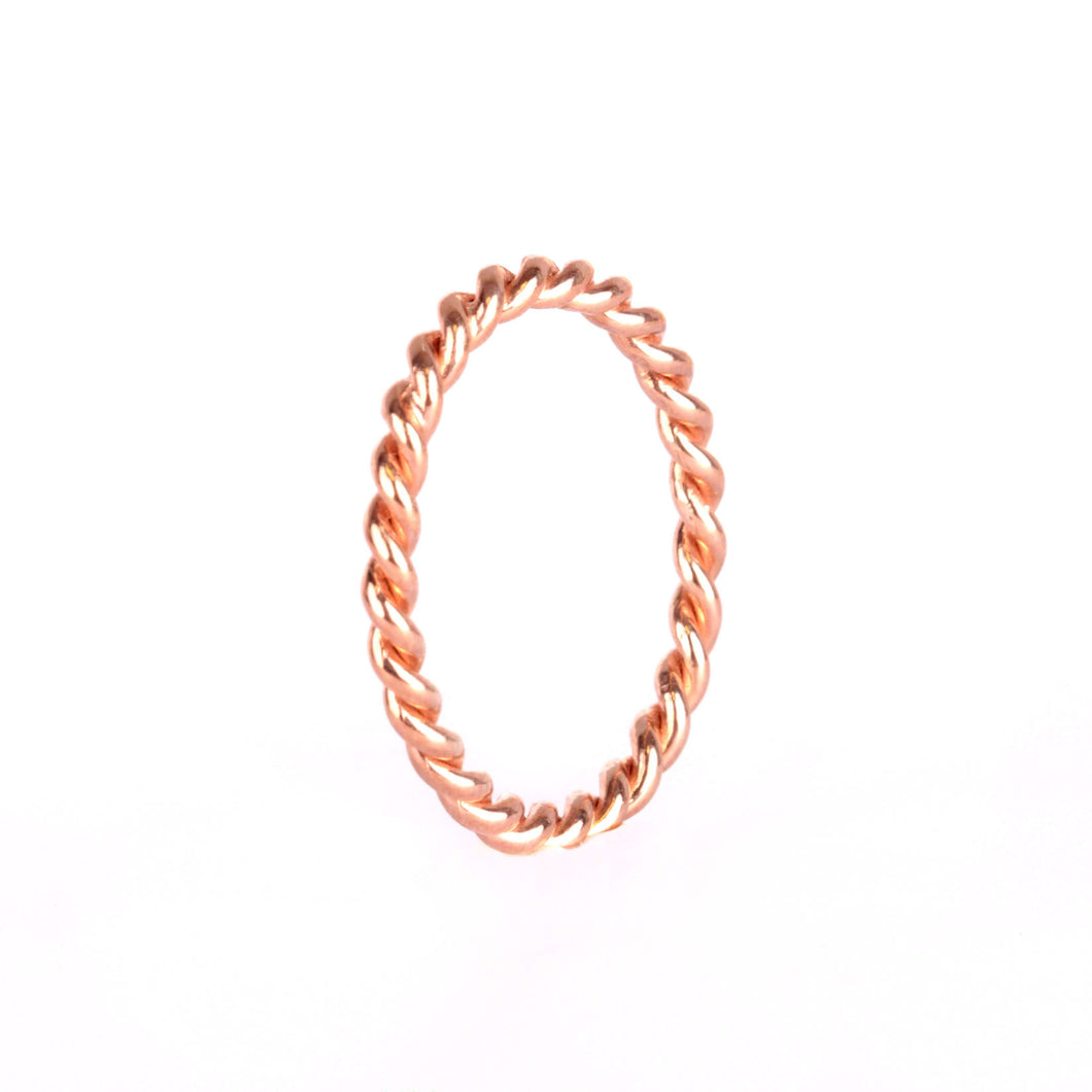Memoire Twisted Ring - Rose Gold Plated