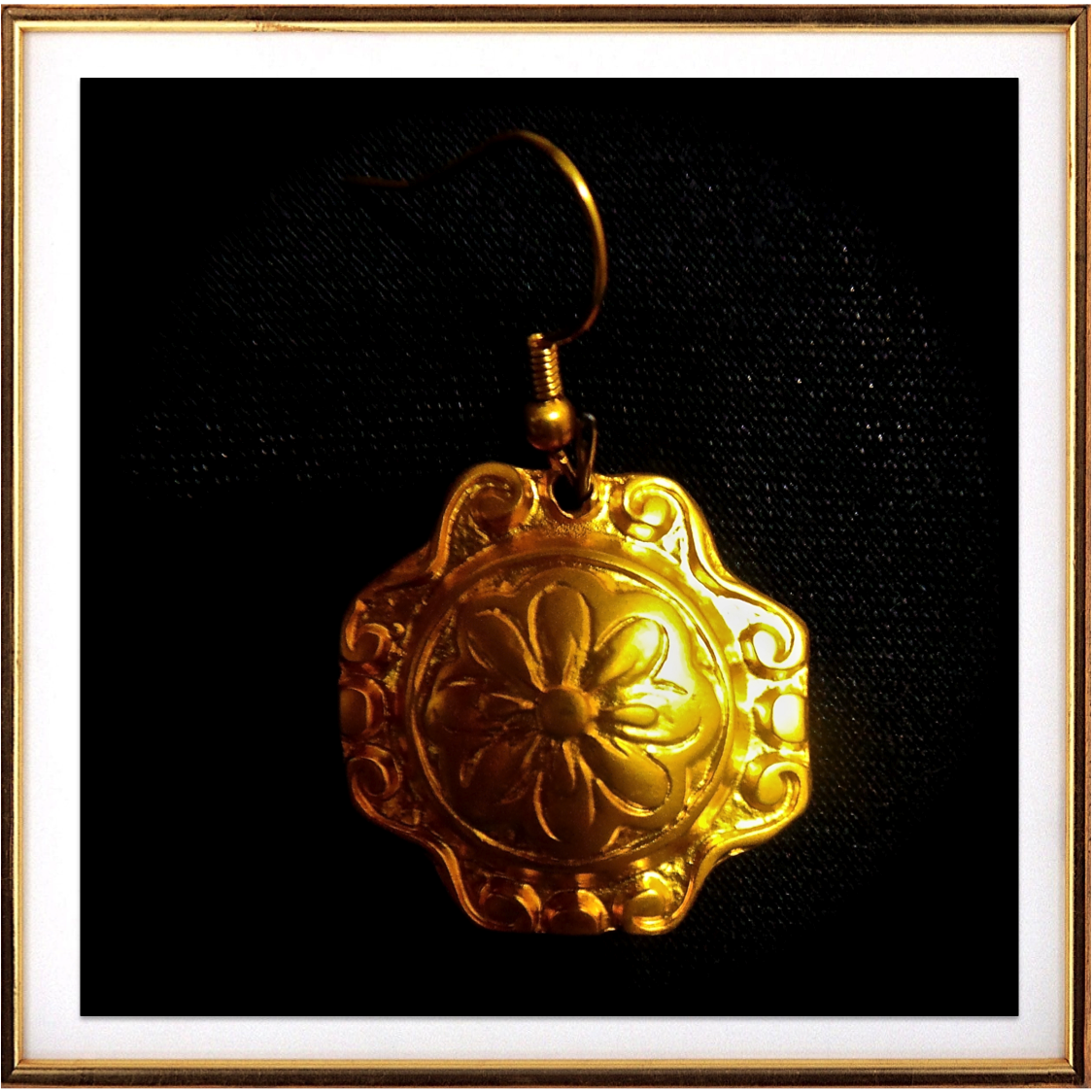 556bb603e35f2 Turkish gold disc pendant necklace