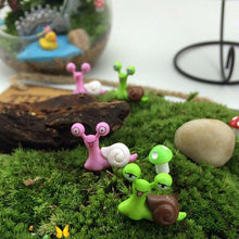 Load image into Gallery viewer, Mini Garden Snails - Home Garden Trend