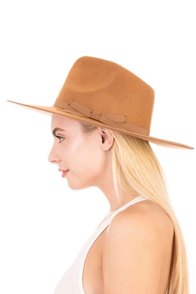 Firm Brim Hat With Bow Detail Nude