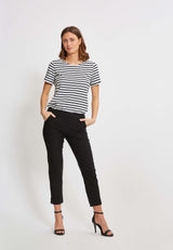 Taylor Regular Cropped Bukser - Black
