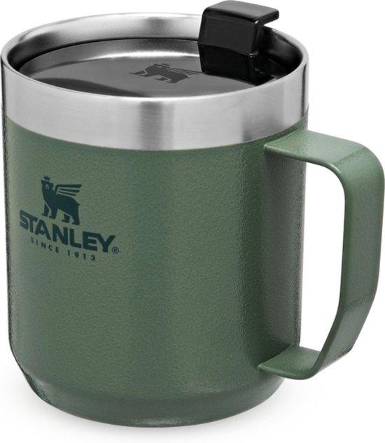 The legendary camp mug Stanley