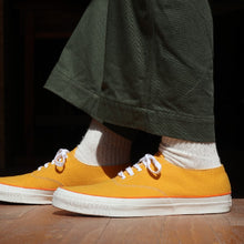 将图片加载到图库查看器,WAKOUWA DECK SHOES LOW (GOLD) - A'r139 Kamakura