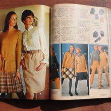 Charger l'image dans la galerie, SEARS, ROEBUCK AND CO. 1968 FALL AND WINTER CATALOG - A'r139 Kamakura