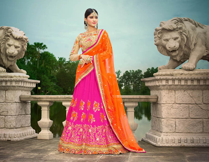 Buy Wedding Lehenga Choli and bridal lehengas at best prices on Variation. Huge collection of designer lehengas, party wear lehengas, reception lehengas and dulhan lehenga choli for women. Choose from wide range of Indian lehenga choli & lehenga designs.