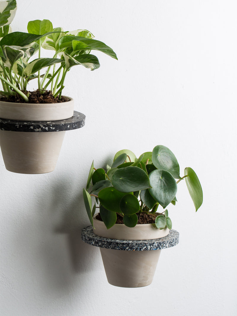 Black & grey terrazzo plant holder