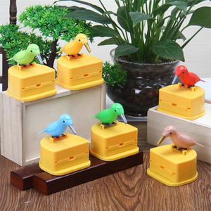 Woodpecker creative automatic toothpick box