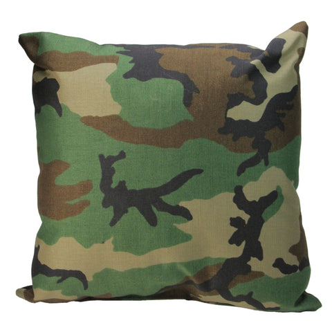 "17"" Decorative Wicker Furniture Patio Throw Pillow - Woodland Terrace Camo"