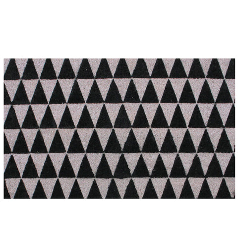 Black and Gray 3-Dimensional Triangle Print Doormat 17 x 29