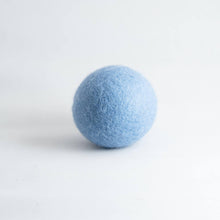 Load image into Gallery viewer, blue organic wool dryer ball