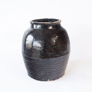 Chinese Black Glazed Pot