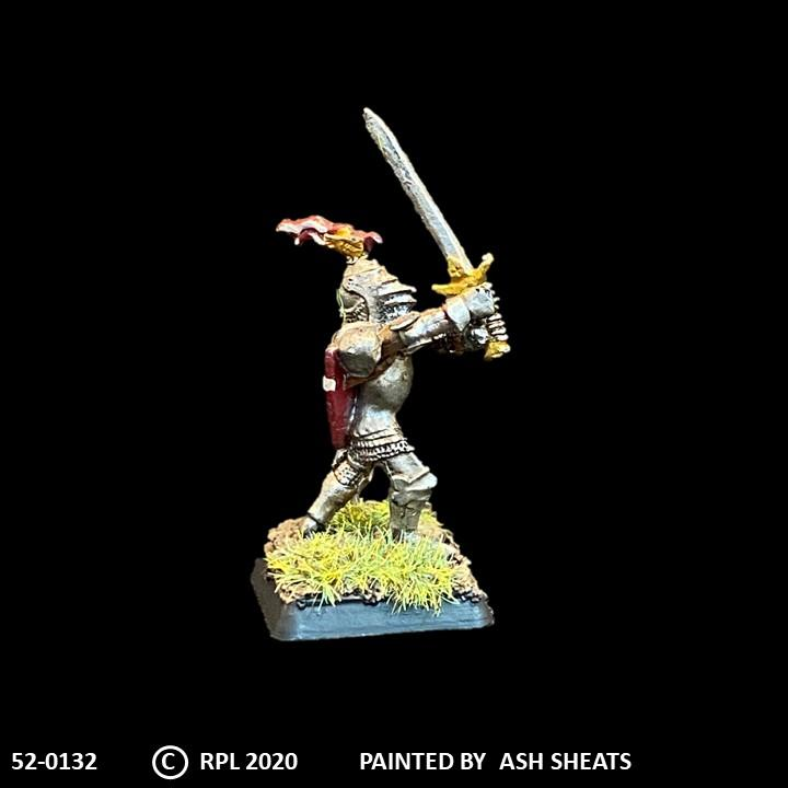 52-0132:  Foot Knight with Greatsword III