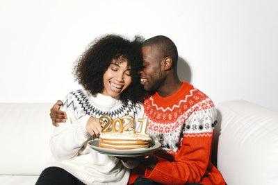 22 of the Most Romantic New Year's Eve Traditions for Couples