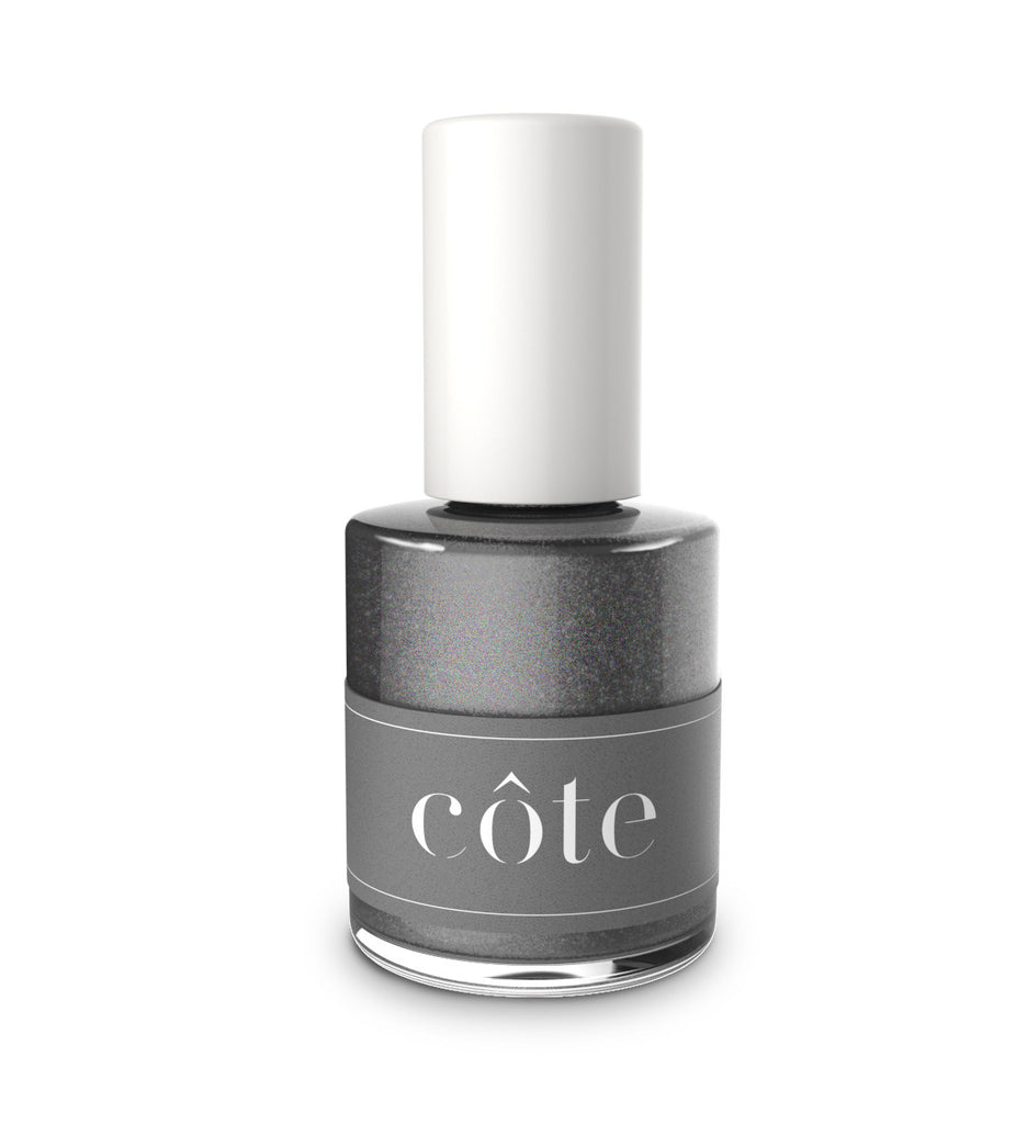 No.94 graphite grey shimmer nail polish
