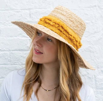 Mar tapered hat with fringe