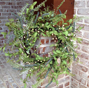 Spiral Fern Green Berry Wreath - 22""