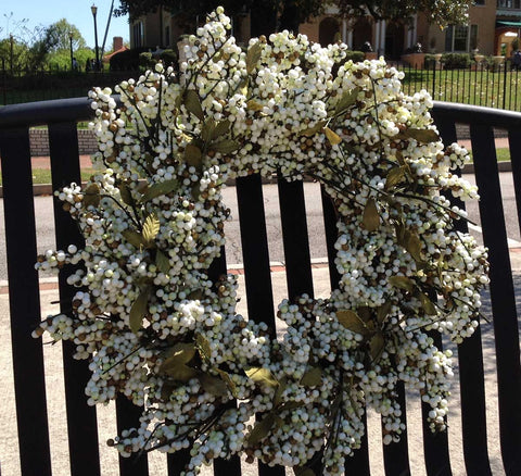 "Bountiful Berry Wreath - Ivory Cream - 24"" - 2"