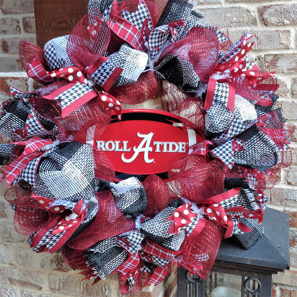 Alabama Crimson Tide Collegiate Wreath w Football -26""