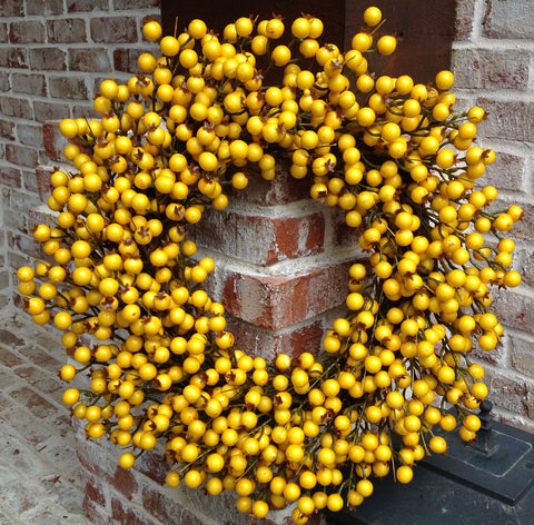 "22"" Big Berry Spiral Wreath - Yellow Sunburst"