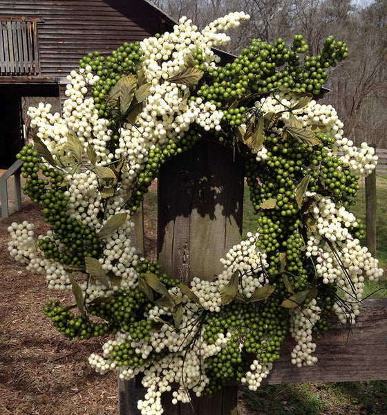 Ivory Green Soft Touch Wreath - 24""