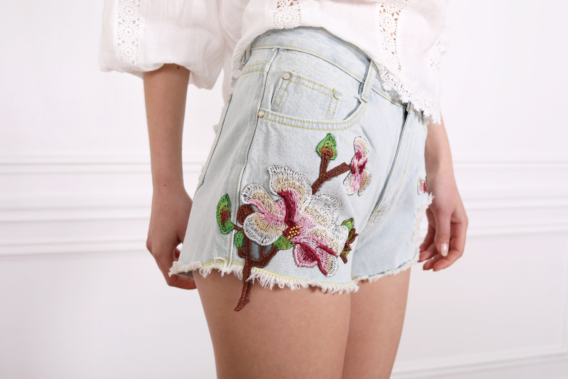 3D Patch Flower Shorts