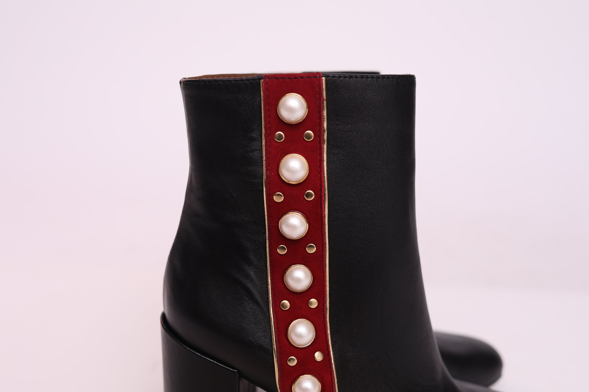 Leather Pearls Side Trim Boots